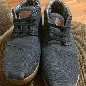 Toms shoes (Used)